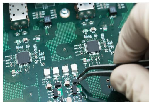 如何进行PCB的布线-双面多层线路板